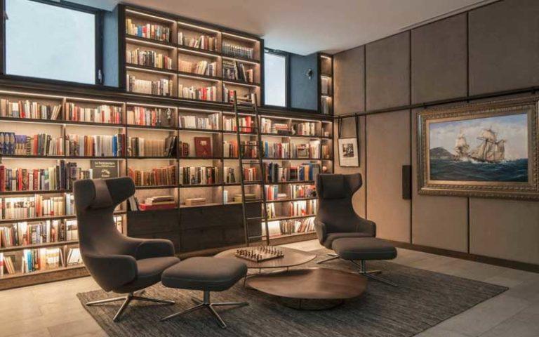 libreria ufficio retroilluminata
